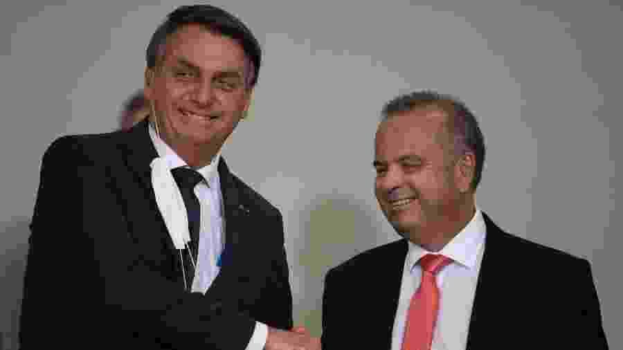 O presidente Jair Bolsonaro e o ministro Rogério Marinho (Desenvolvimento) no lançamento do Casa Verde e Amarela, em agosto de 2020 - Mateus Bonomi/Agif/Agência Estado