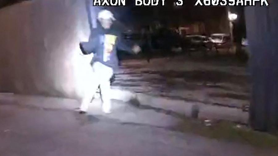 29.mar.2021 - Imagem mostra Adam Toledo, de 13 anos, baleado pela polícia em Chicago - AFP/Civilian Office of Police Accountability