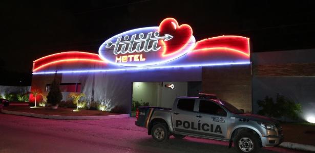 22.jun.2016 - Fachada do motel de Olinda (PE) em que foi encontrado o corpo de Paulo Morato, alvo da Operação Turbulência da Polícia Federal