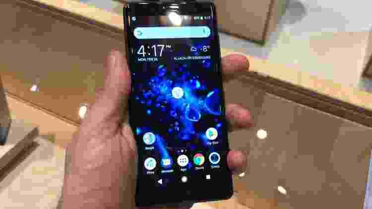 0a825b472b8 Gosta de celular pequeno? Estas são as melhores opções do mercado ...