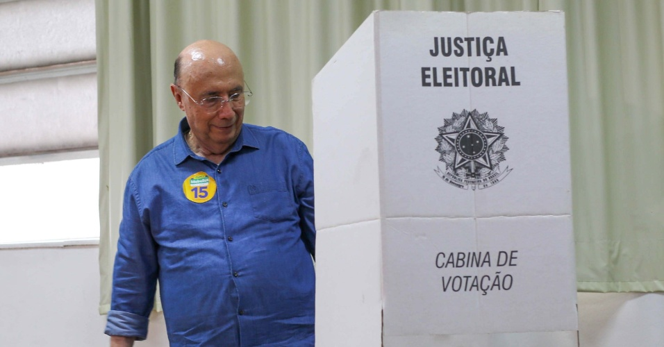 O candidato à presidência Henrique Meirelles vota na escola Rio Branco, em São Paulo