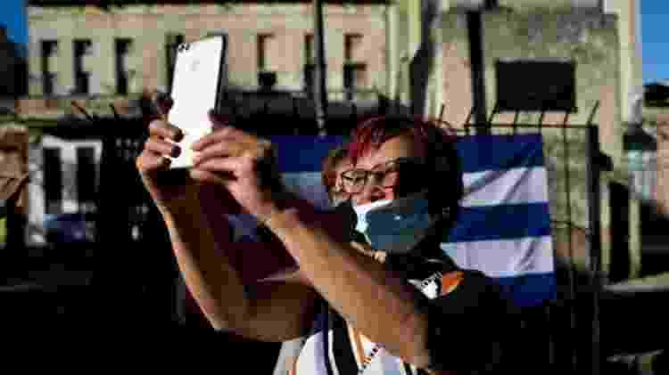 Setores descontentes da população cubana se tornaram mais visíveis devido ao maior acesso à internet e redes sociais - GETTY IMAGES - GETTY IMAGES