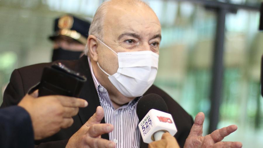 O prefeito de Curitiba, Rafael Greca (DEM), prorrogou o lockdown na cidade - Eduardo Matysiak/Futura Press/Estadão Conteúdo