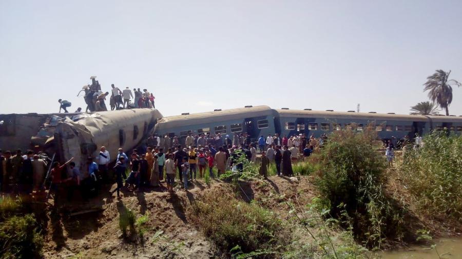 Em 26 de março, uma colisão entre dois trens de passageiros deixou pelo menos 20 mortos e 199 feridos - STRINGER/REUTERS