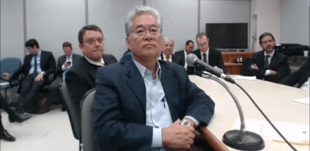 4.mai.2017 - O presidente do Instituto Lula, Paulo Okamotto, presta depoimento ao juiz Sergio Moro