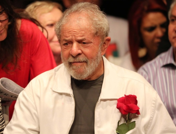 O ex-presidente Luiz Inácio Lula da Silva participa de evento com petistas em Brasília
