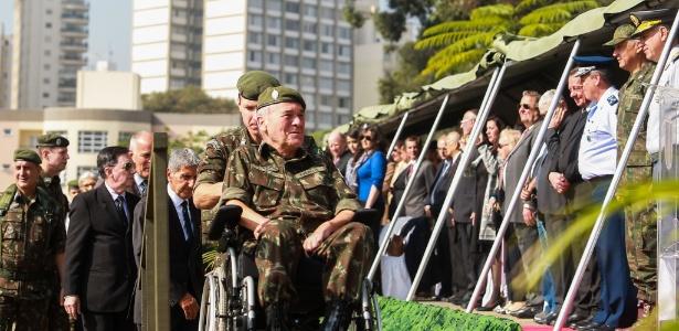 O comandante do Exército, general Villas Bôas, durante cerimônia em homenagem ao soldado Mário Kozel Filho, morto durante a ditadura militar