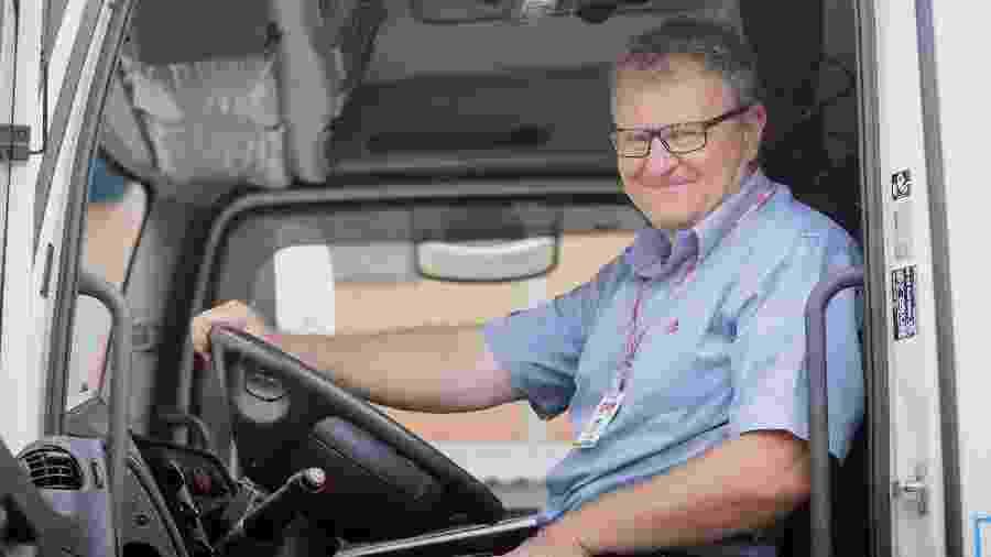 Astor João Feyh, ex-caminhoneiro fez curso a distância de logística - Tarla Wolski/UOL