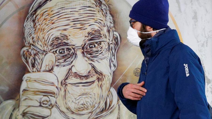 O novo pedido é mais um esforço do papa Francisco no combate contra o coronavírus - GUGLIELMO MANGIAPANE