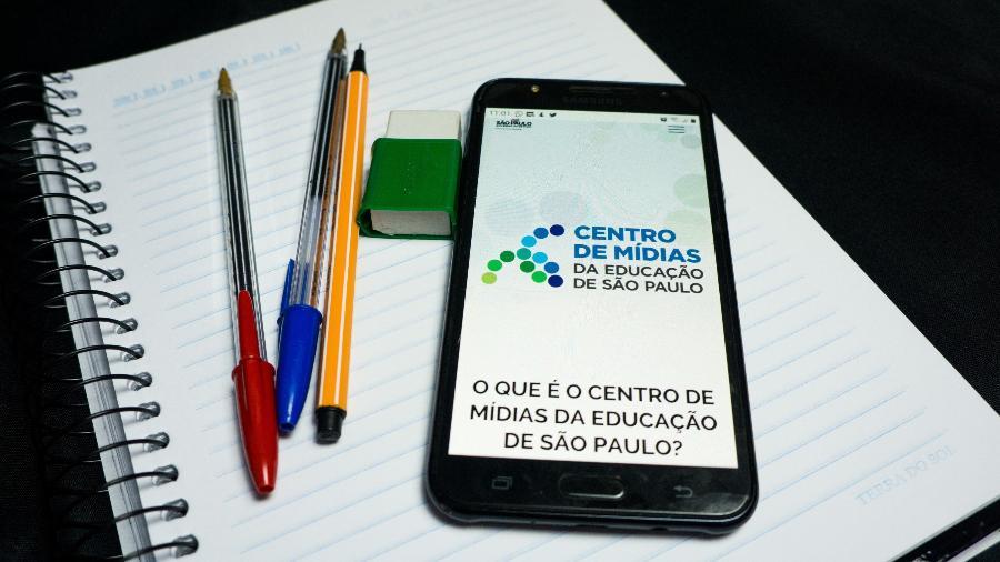 Aplicativo do Centro de Mídias da Educação de São Paulo, que permite aos alunos da rede estadual ter acesso a aulas ao vivo - Roberto Costa/Código 19/Estadão Conteúdo