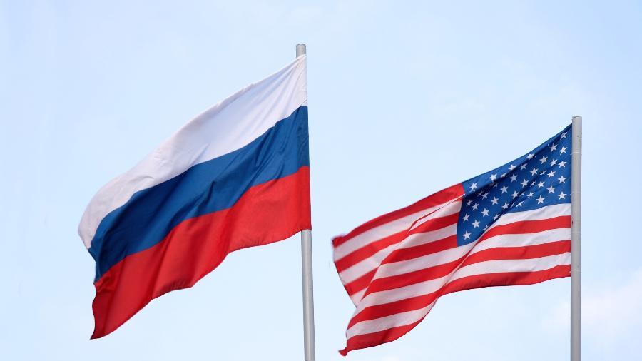 Rússia chama EUA de adversário e aconselha distância da Crimeia - Getty Images