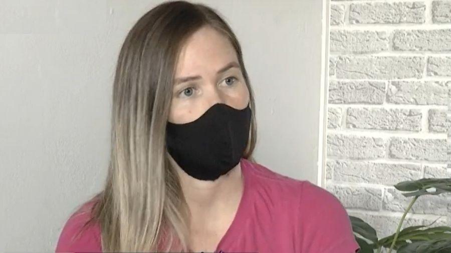Viviane Honorato, que diz ter sido vítima de golpe no PIX, em entrevista à TV Anhanguera - Reprodução/TV Anhaguera