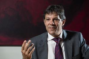 Haddad critica decisão do MEC de não divulgar resultados do Enem por escola (Foto: Adriano Vizoni/Folhapress)