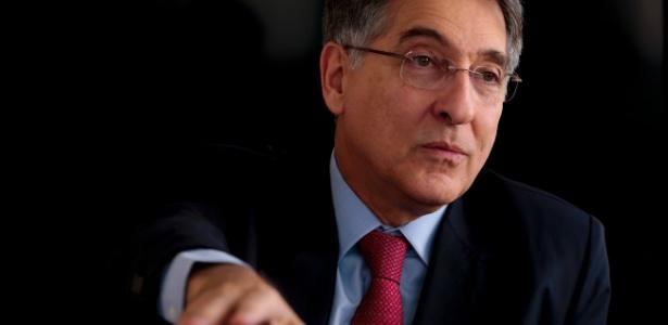 06.out.2014 - Governador Fernando Pimentel (PT-MG) durante entrevista