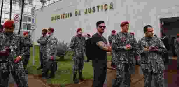 02.abr.2018 - Prédio do Ministério da Justiça, em Brasília (DF), é evacuado após tremor durante a manhã  - Fátima Meira/Futura Press/Estadão Conteúdo - Fátima Meira/Futura Press/Estadão Conteúdo