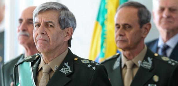 General Augusto Heleno recebia um salário de R$ 59 mil no COB, parte paga com recursos públicos