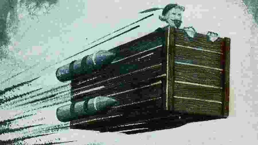 Em um modelo da nave imaginada por Cyrano de Bergerac, foguetes que são acesos em diferentes estágios e a impulsionam  - Getty Images