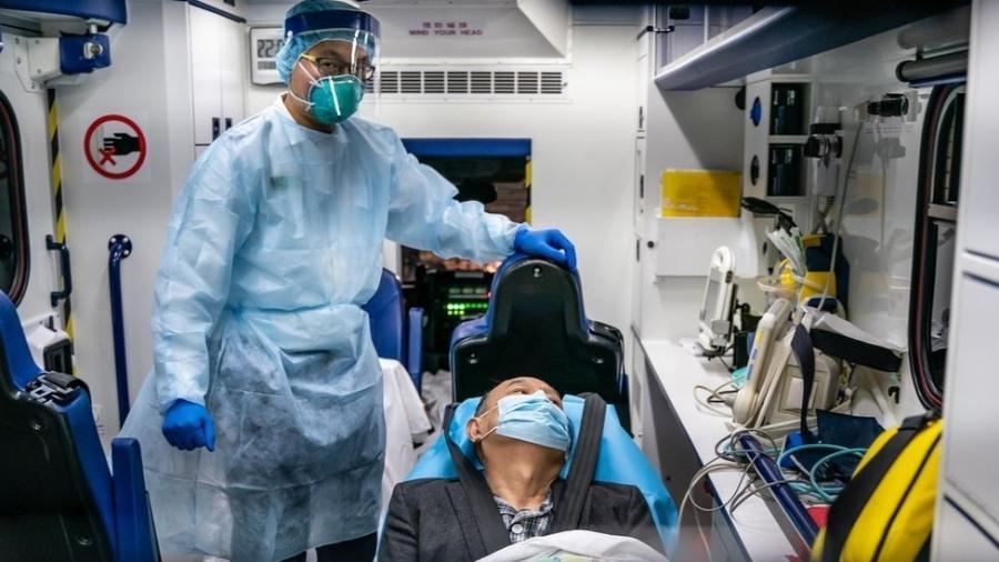 Todos os 99 pacientes levados ao hospital Jinyintan com coronavírus tiveram pneumonia - Getty Images