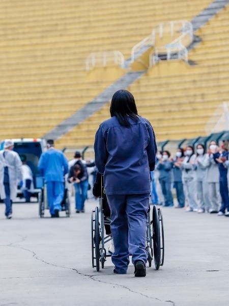 Últimos pacientes deixam o hospital de campanha do Pacaembu, em São Paulo - Divulgação