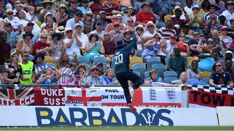 Críquete é o esporte nacional e costuma ser jogado no estádio Kensington Oval - Getty Images - Getty Images
