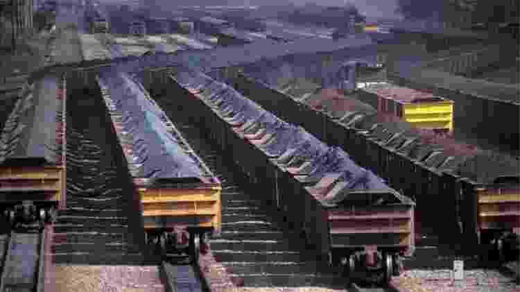 Desde a cotação recorde de US$ 240 por tonelada atingida em maio, minério de ferro acumula queda de 61% - Getty Images - Getty Images