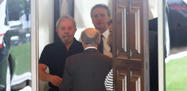 Renan disse a Lula que será difícil reverter impeachment no Senado
