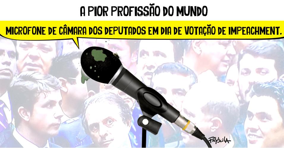 21.abr.2016 - A vida nada fácil do microfone da Câmara dos Deputados