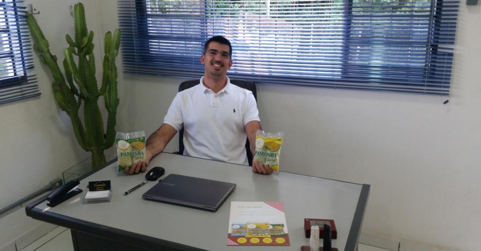 O administrador de empresas Humberto Azenha, 31, criou a Pamonha Gourmet, empresa que produz e vende a iguaria congelada, em agosto de 2015;