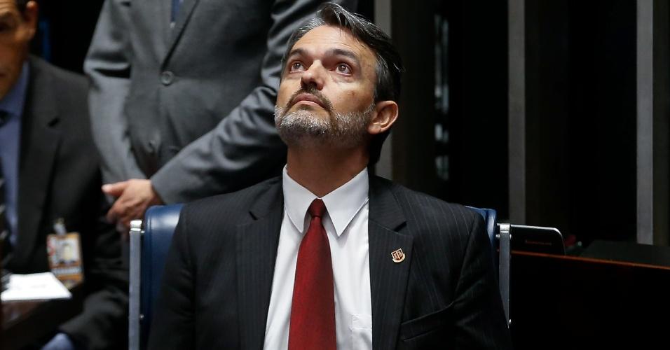 25.ago.2016 - O procurador do Ministério Público junto ao TCU (Tribunal de Contas da União) Júlio Marcelo de Oliveira no primeiro dia da etapa final do julgamento impeachment da presidente afastada, Dilma Rousseff, no Senado. Oliveira será ouvido como informante, e não mais como testemunha