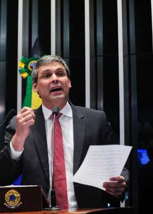 O senador Lindbergh Farias