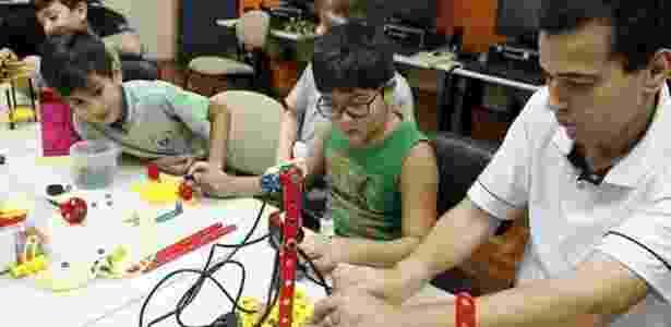 Segundo o professor, curso extracurricular despertou interesse de alunos por ciências e melhorou engajamento com a escola - Divulgação - Divulgação