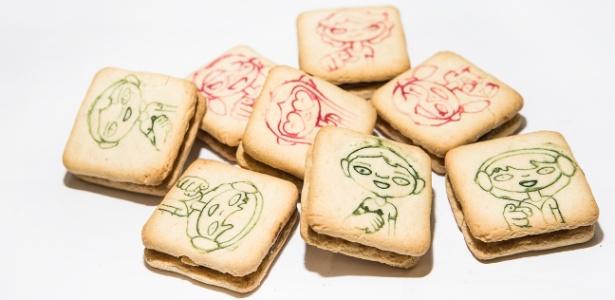 Bolacha recheada é um alimento industrializado que contém uma série de aditivos alimentares