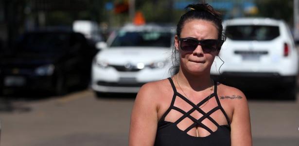 16.mai.2016 - Nicole da Silva diz ter entregado o celular sem reagir ao assalto