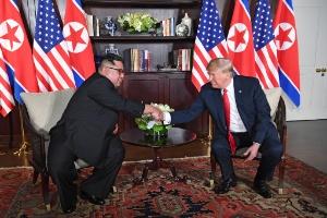 Coreia do Norte adota o silêncio e a discrição para continuar manter seu arsenal nuclear (Foto: Saul Loeb/AFP)