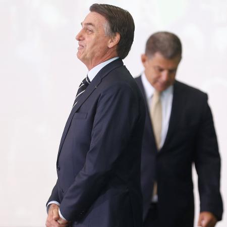 2.jan.2019 - O presidente Jair Bolsonaro e Gustavo Bebianno em cerimônia no Palácio do Planalto, em Brasília - Adriano Machado/REUTERS