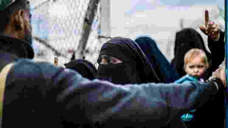 O campo de Al-Hol abriga mais de 70 mil prisioneiros, a maioria mulheres e crianças - Getty Images
