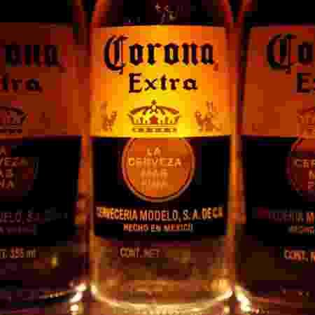 Garrafas da cerveja mexicana Corona Beer - Edgard Garrido/Reuters