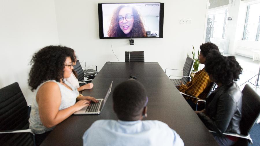 Entrevista de emprego virtual - Imagem: Christina @ wocintechchat.com / Unsplash