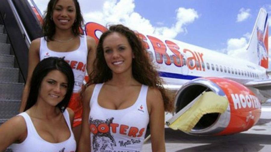 Hooters já teve sua própria companhia aérea com o mesmo conceito da rede de lanchonetes - Reprodução/Facebook