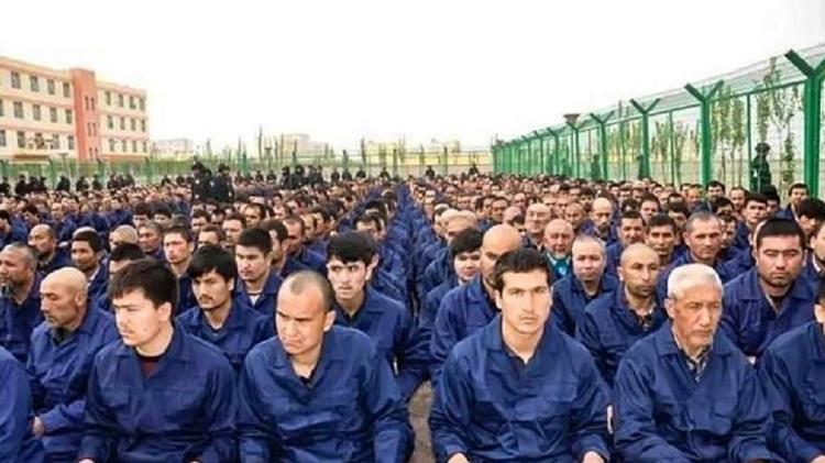 Sudworth fez várias reportagens sobre a situação nos campos de 'reeducação' em Xinjiang - BBC - BBC