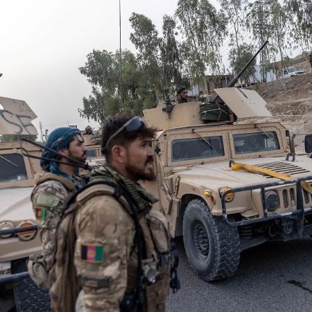 Os ataques aéreos seriam apoio para os esforços do exército afegão contra ofensiva do Talibã - REUTERS/Danish Siddiqui