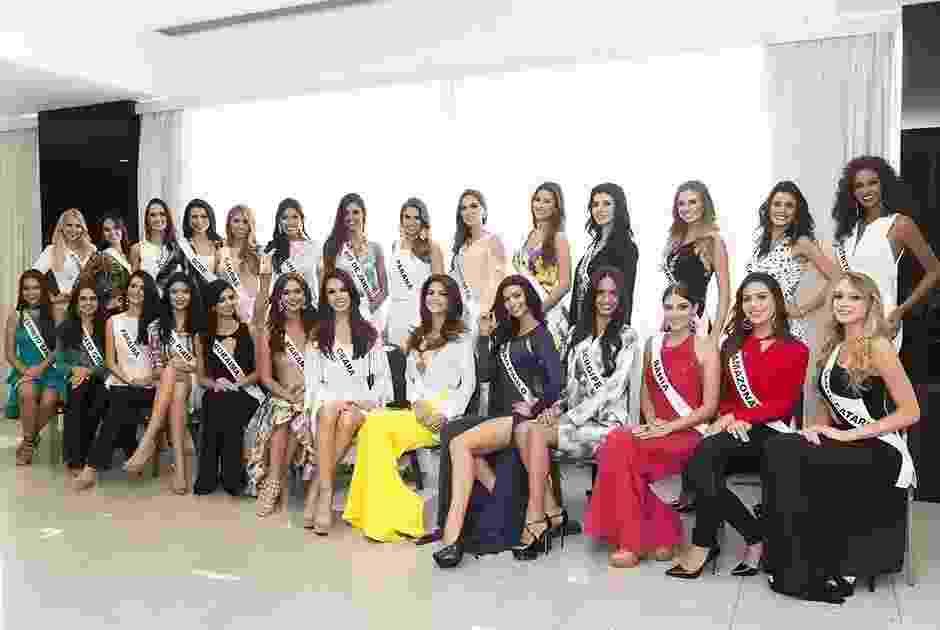 12.nov.2015 - Candidatas a Miss Brasil 2015 chegam a hotel de São Paulo para se concentrar para a premiação, marcado para 18 de novembro - Lucas Ismael/Band
