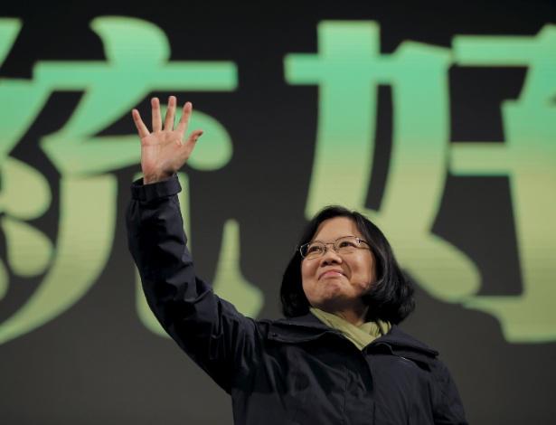 16.jan.2016 - Tsai Ing-wen comemora sua vitória nas eleições presidencias de Taiwan