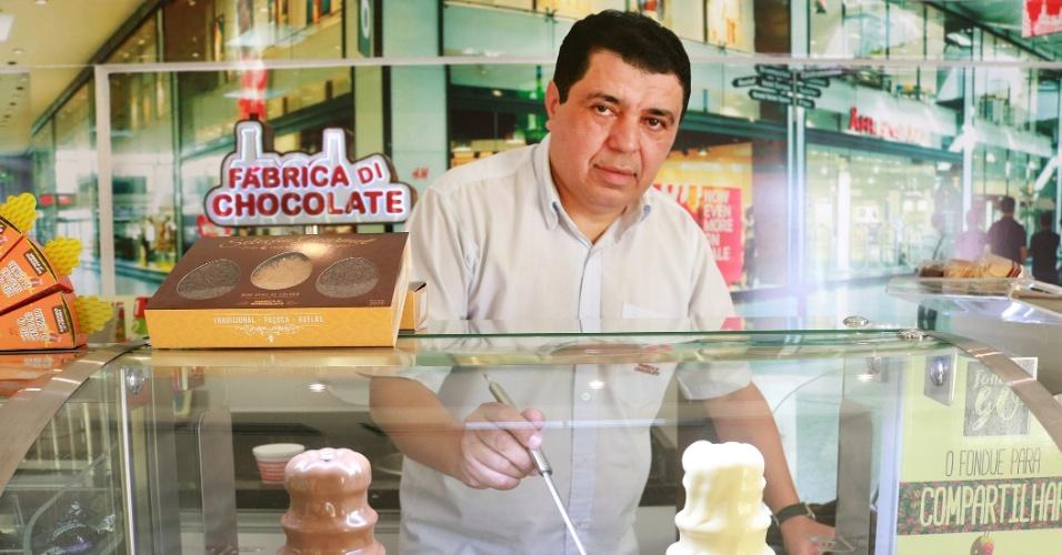 Ivan Macena é dono da franquia Fábrica Di Chocolate, rede de quiosques de fondue