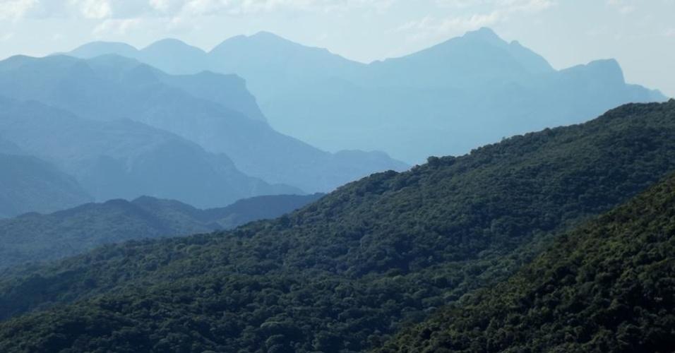 19.abr.2017 - A partir do Parque Estadual do Pico do Marumbi é possível contemplar parte das áreas protegidas integradas pelo Mosaico LAGAMAR