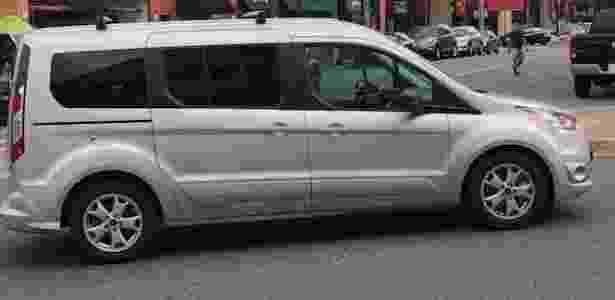 Van foi flagrada aparentemente 'sem motorista' em uma rua de Virgínia, nos EUA - Reprodução/@TwitterARLnowDOTcom - Reprodução/@TwitterARLnowDOTcom