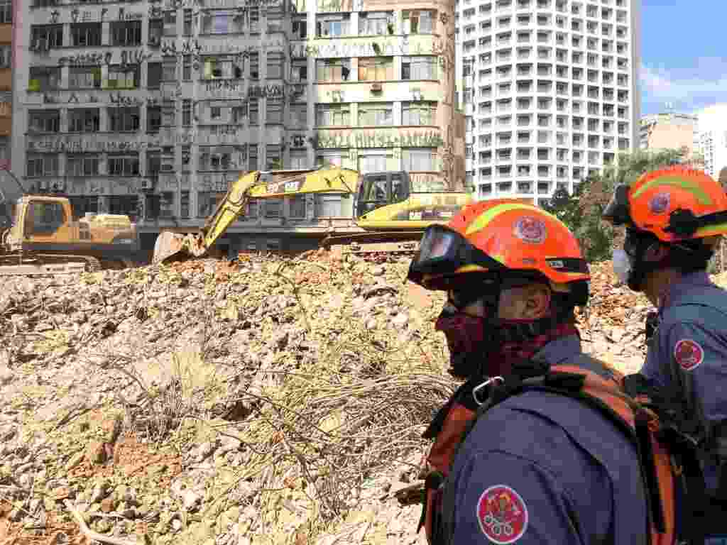 10.mai.2018 - Escombros do desabamento do prédio no centro de São Paulo - Janaina Garcia/UOL