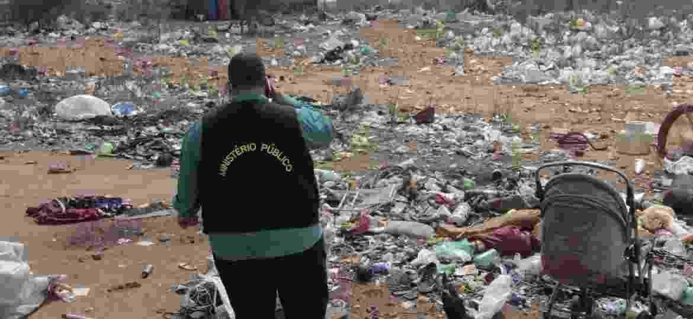 Ministério Público encontrou famílias vivendo em situação degradante em um lixão de Floresta, cidade no sertão de Pernambuco - Marcus Antonius/Acervo FPI/PE