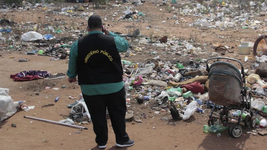 Ministério Público localiza famílias vivendo no lixão de Floresta - Marcus Antonius/Acervo FPI/PE