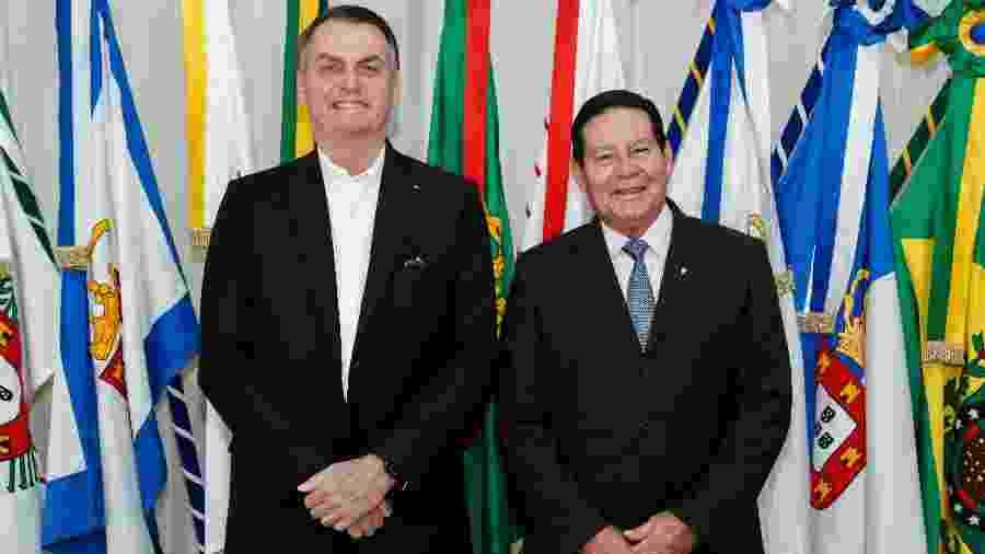 O presidente Jair Bolsonaro e o vice-presidente Hamilton Mourão - Alan Santos/PR/Divulgação